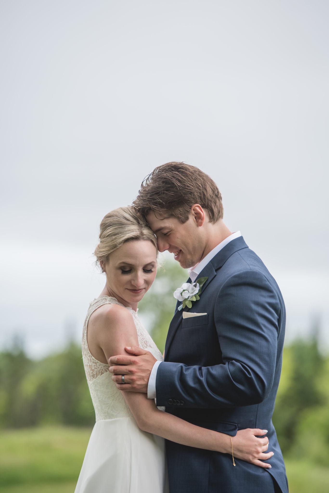 Megan & Jonathan : Kingswood Lodge Wedding